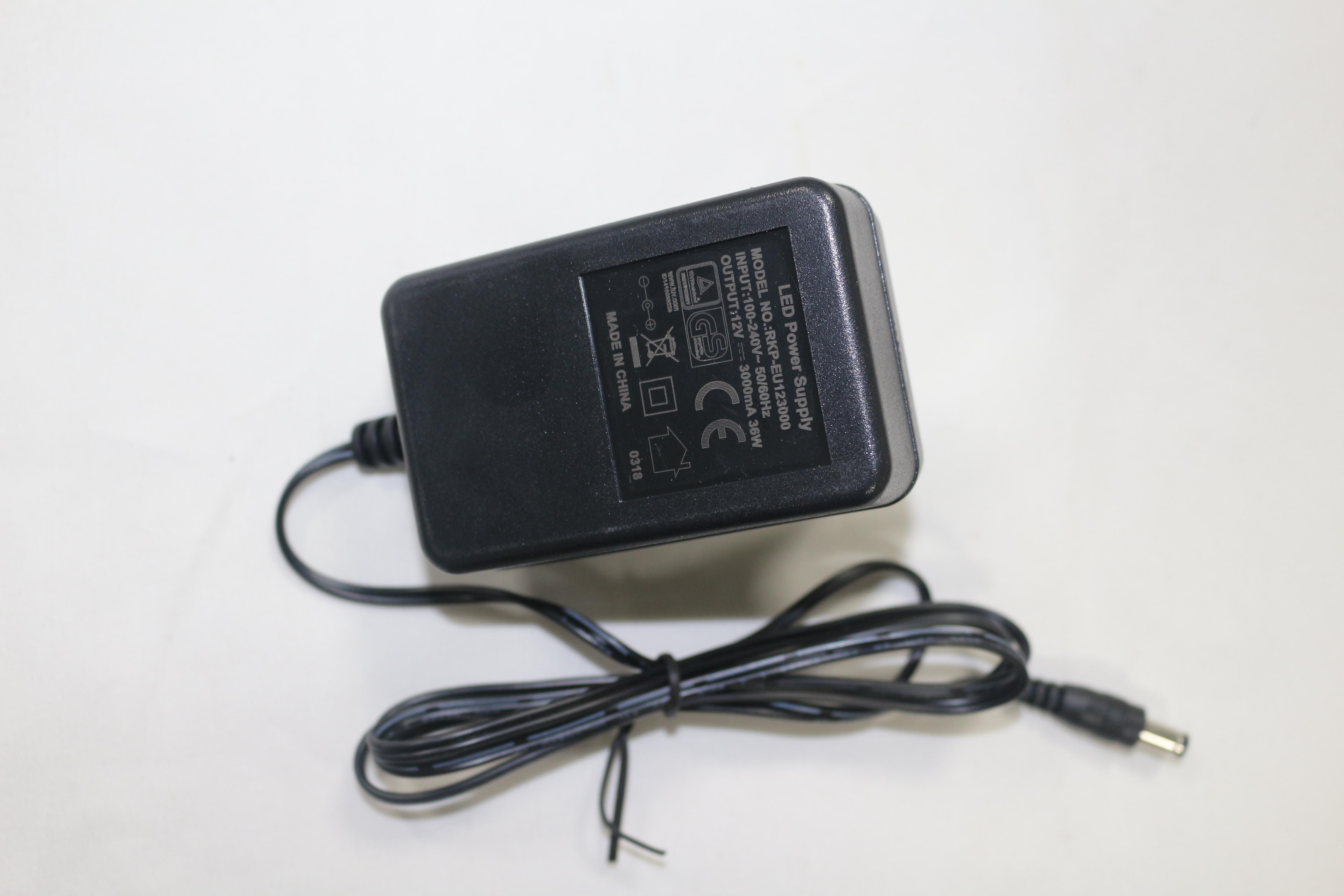 12V3A电源驱动器
