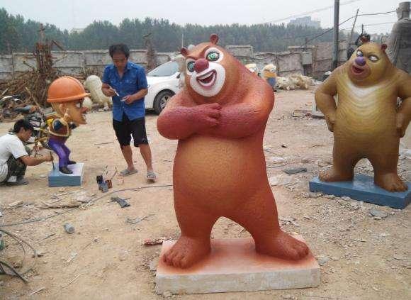 树脂创意卡通定做 柳州树脂卡通雕塑 玻璃钢卡通熊大雕塑