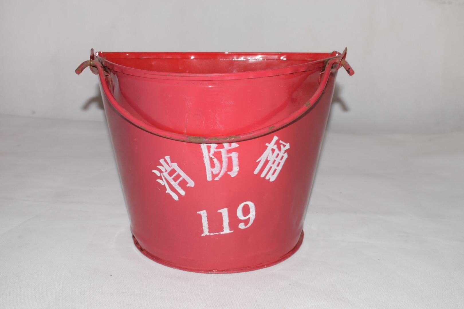 供应佛山禅城消防桶厂家直销批发零售 佛山市禅城区南海消防沙桶 半圆消防沙滩