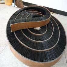 转动带毛刷   转动带毛刷 工业皮带刷 四方生产各种皮带刷批发