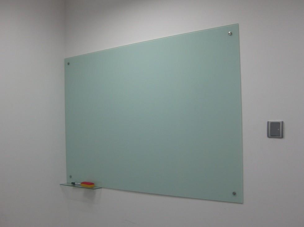 超白玻璃白板 质保3年会议培训磁性玻璃白板武汉安装 超白钢化磁性玻璃白板