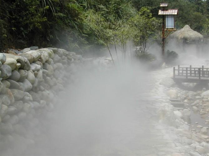 西安水云间喷雾造景除尘降温