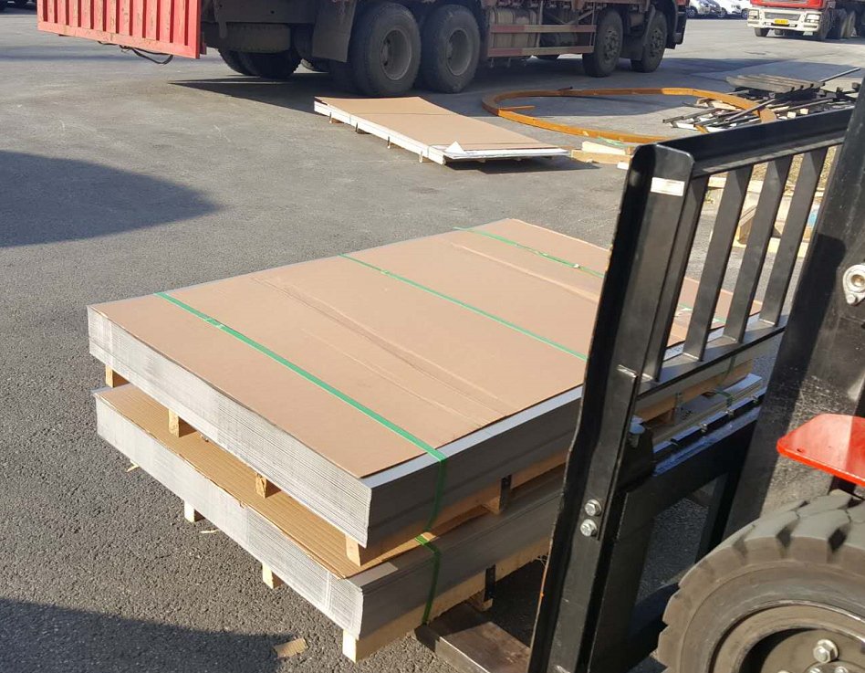 厂家提供大量优质不锈钢钢板