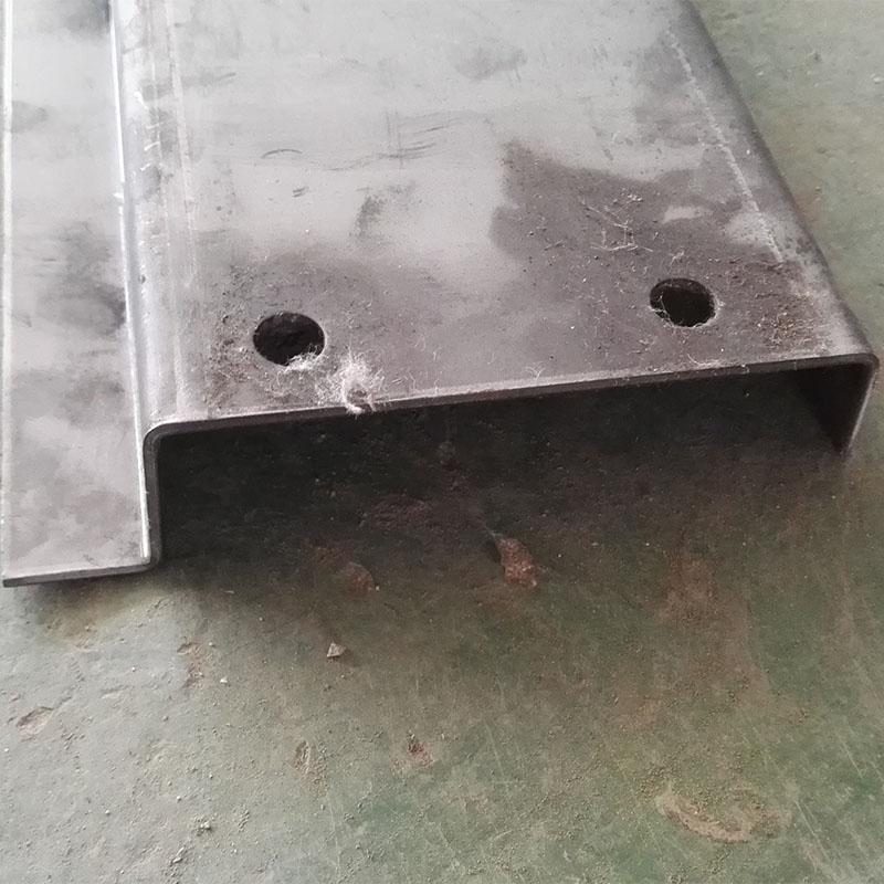 定制天津铁块打包机重型Z型厚链板