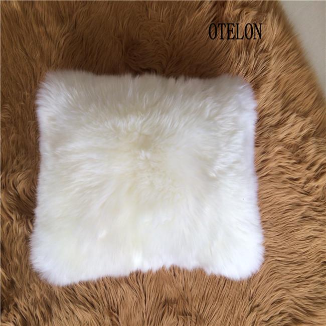 澳洲羊皮抱枕羊毛皮沙发靠垫皮毛一体抱枕短羊毛含芯抱枕靠垫