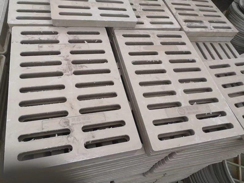 贵鑫建材水篦子 。排污管。排水管 复合树脂水篦子 复合树脂井盖 不饱和聚酯复合树脂井盖 不饱和聚脂树脂复合树脂井盖