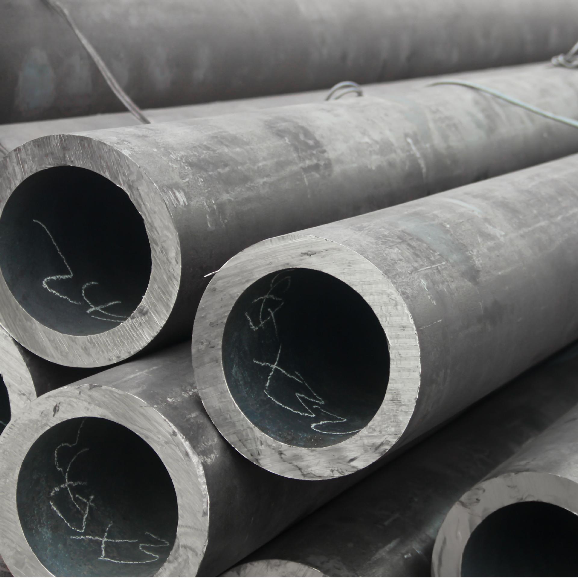 3pe防腐钢管 聊城钢管现货 小口径无缝钢管 厚壁无缝钢管 薄壁无缝钢管 规格齐全 价格合适 质量保证