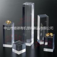 亚克力水晶方块化妆品展示台图片