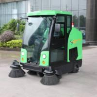 玛西尔驾驶式大型电动扫地车