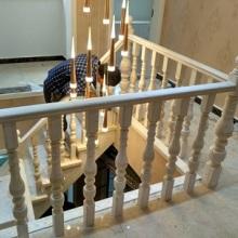 阳台实木护栏进口红橡木材质清晰纹理高端大气驻马店楼梯定制护栏立柱钢梁实木楼梯批发