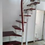 厂家直销设计安装拉丝楼梯价格 钢木胶木拉丝楼梯扶手立柱钢梁楼梯驻马店定做