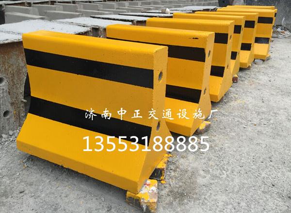 供应衡水优质水泥墩-水泥墩穿管-黄黑颜色水泥墩