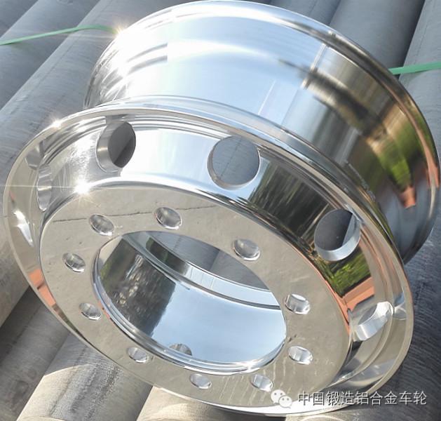 昌平卡客车10孔锻造轻量化轮毂 昌平卡客车10孔锻造轻量化轮毂1