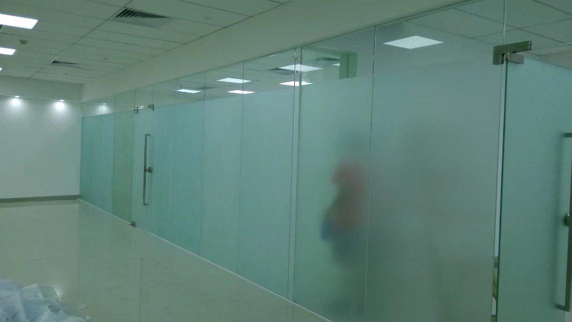四惠高碑店logo墙玻璃贴膜制作