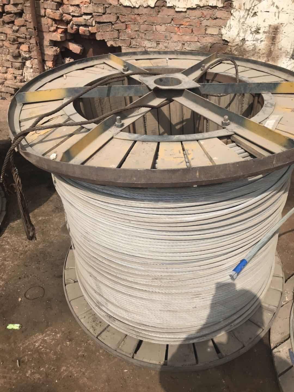 昆明厂家大量回收废电揽线 旧钢铁 钢材 欢迎来电