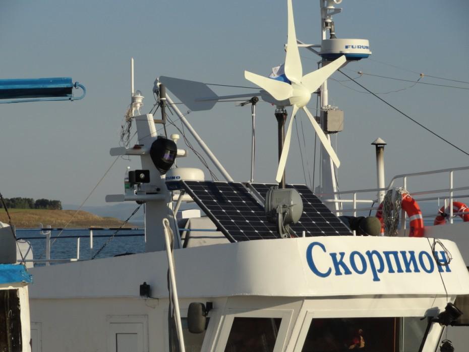 供应船用太阳能监控供电系统风力发电机_太阳能发电机组600W_太阳能发电