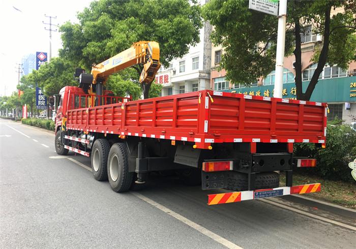 东风御龙后双桥10吨12吨随车吊 东风御龙后八轮10吨12吨随车吊