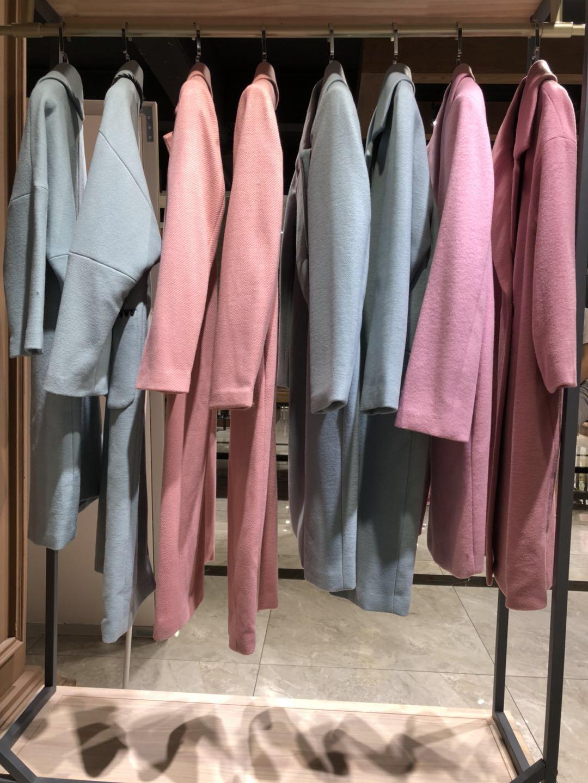 供应温尔芬羊绒国际一线女装品牌批发品牌女装折扣店货源女装连衣裙批发