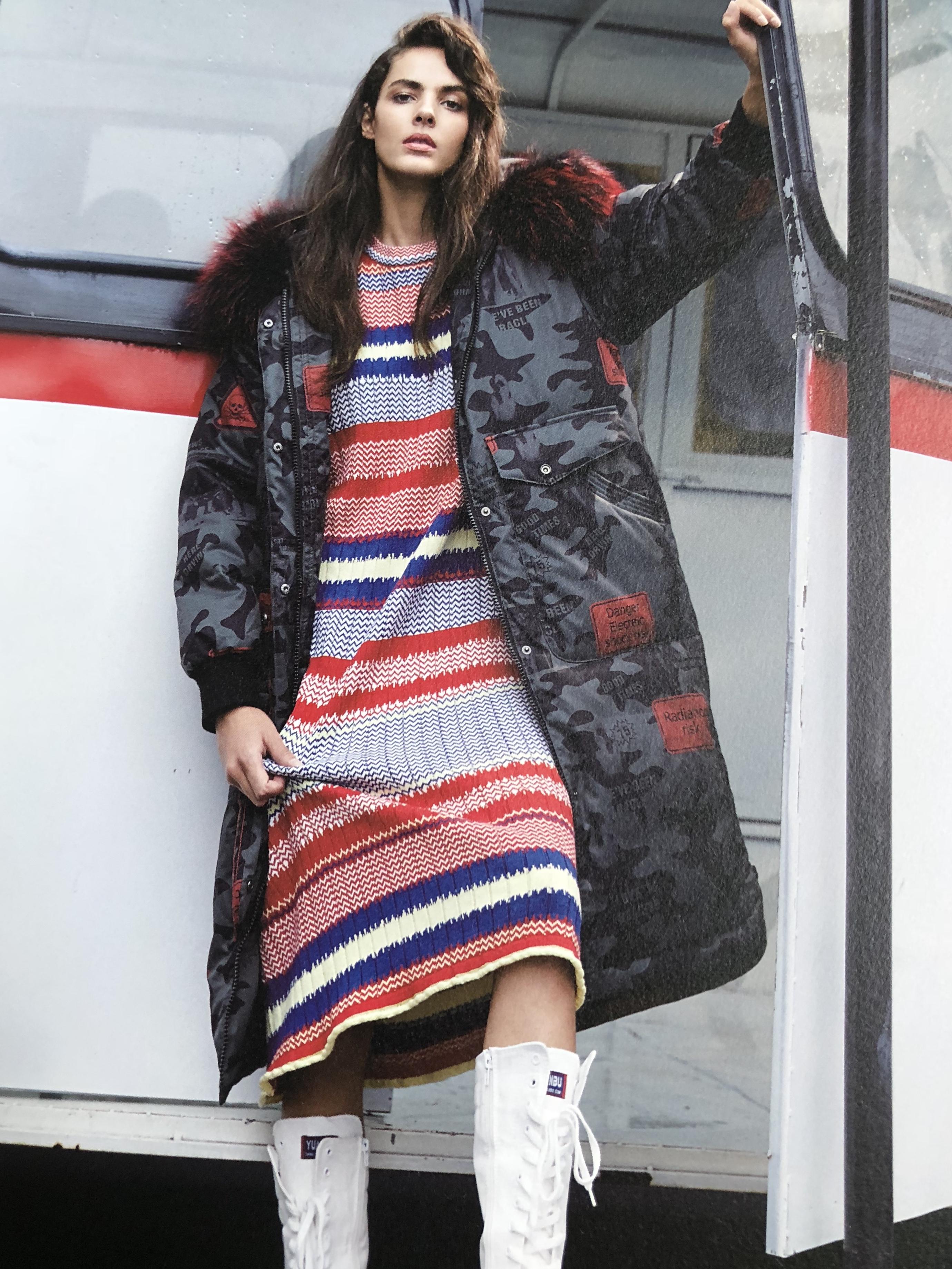 杭州一线品牌朗曼笛羽绒服大码品牌女装折扣走份批发