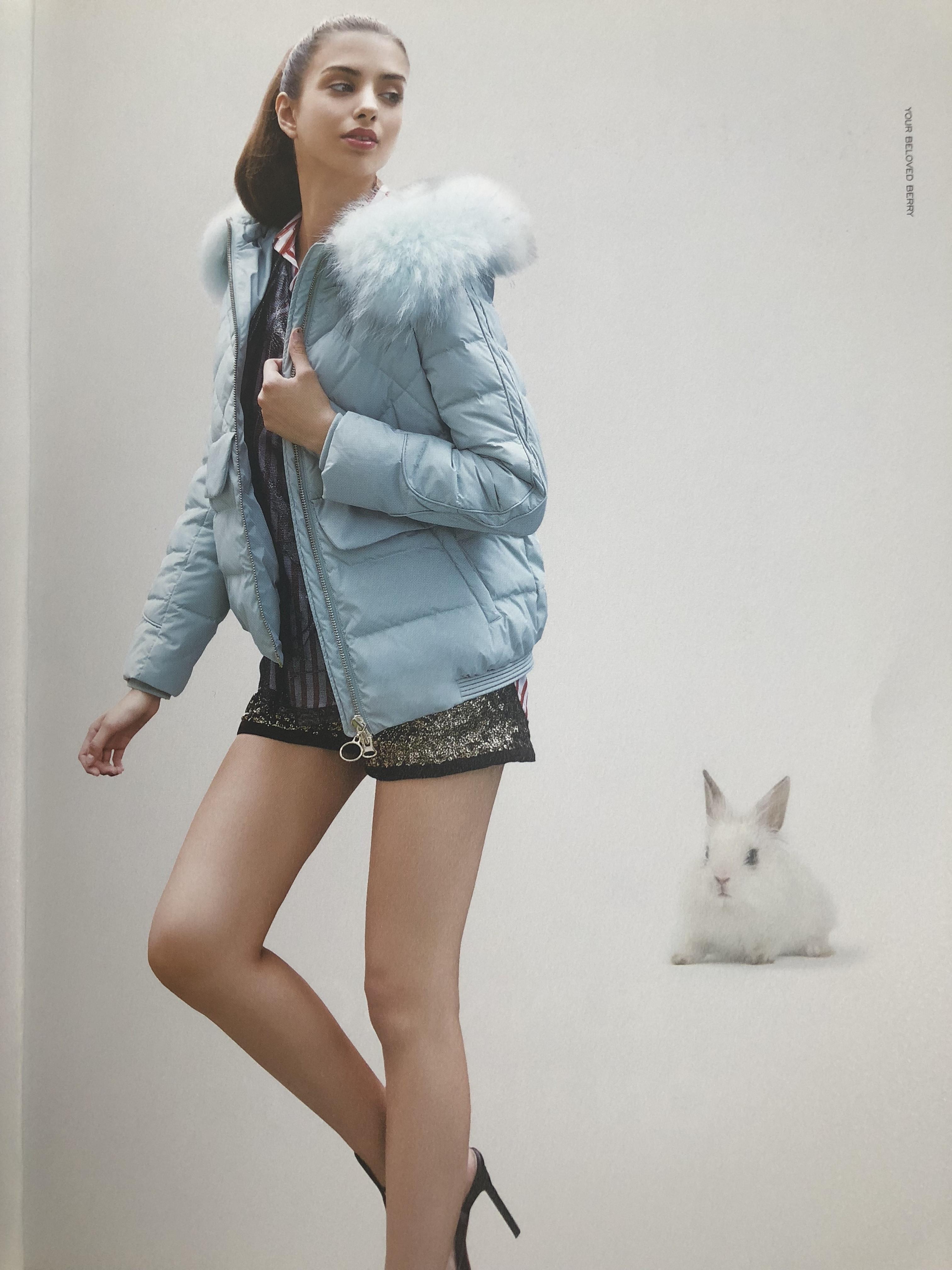 杭州一线品牌西树影黛羽绒服 大码女装品牌 三荟货源供应