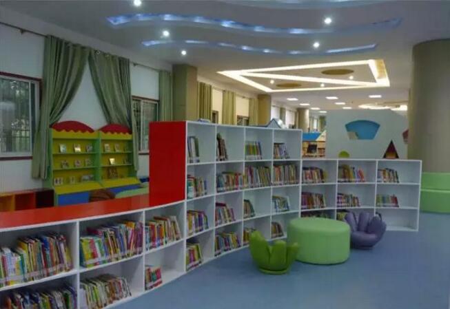 彩色水磨石地坪打造不一样的图书馆 图书馆应用水磨石地面效果