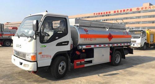 厂家直销东风多利卡5-8吨流动加油车油罐车 欢迎电议 加油车  流动加油车