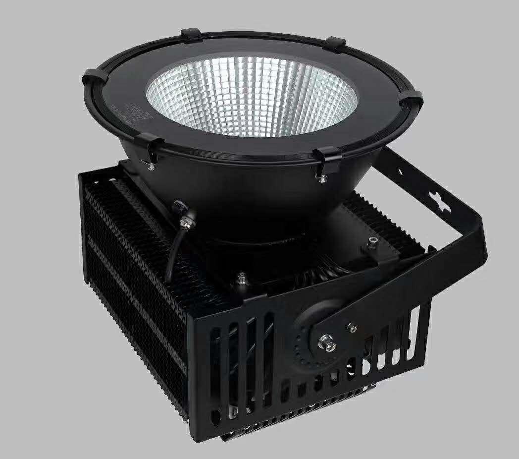 佛山篮球场led投光灯厂家 工程直销300WLED投光灯 高亮度户外照明灯具报价
