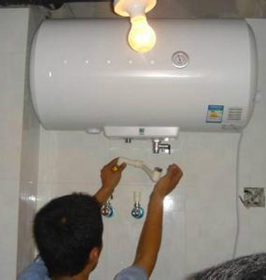 中山热水器抢修图片/中山热水器抢修样板图 (1)