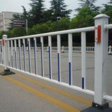 供应 公路护栏、草坪护栏、道路护栏厂家、护栏加工 小区围墙护栏  变压器护栏厂家图片