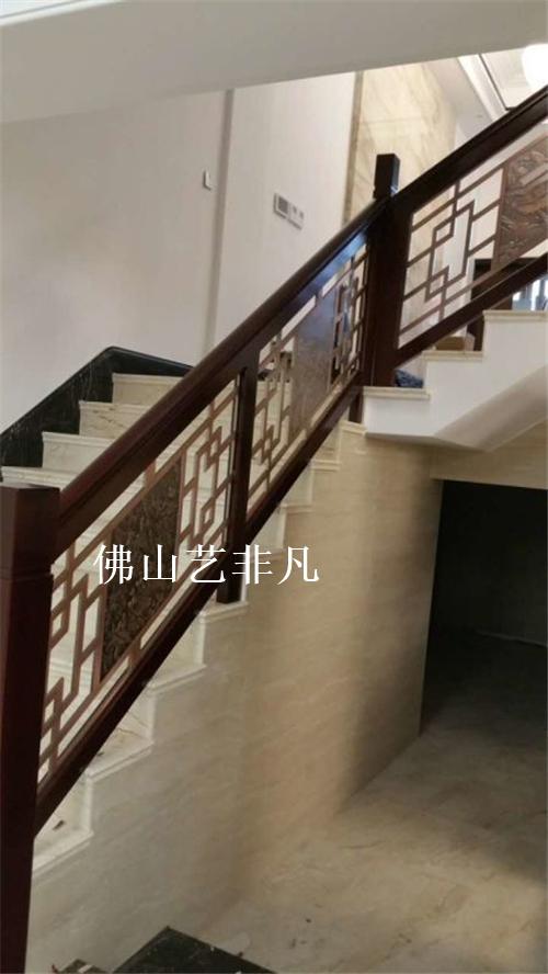 吉安欧式铝艺护栏 别墅玫瑰金铝板镂空雕花楼梯护栏厂家