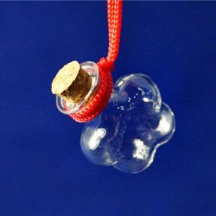批发订做梅花吊饰玻璃瓶图片