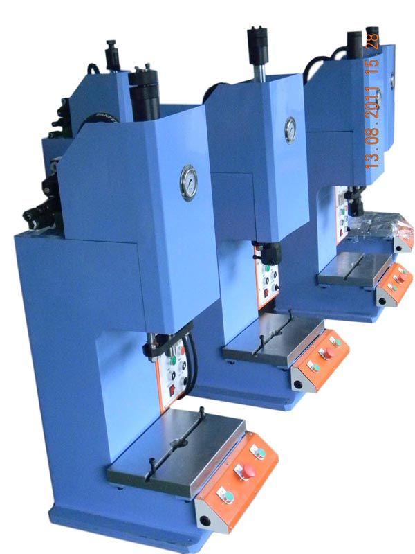 宁波四柱压装机,轴承压装机,LED灯罩压装机,LED灯镜片压合机,四柱油压压装机,单柱压装机