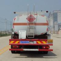 油罐车用途 厂家价格 油罐车工作原理 程力威牌CLW5180GYYT5型运油车 油罐车厂家哪家好