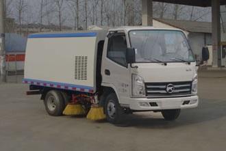 程力威牌扫路车价格程力威牌CLW5040TSLK5型扫路车 扫路车价格 用途 扫路车工作原理