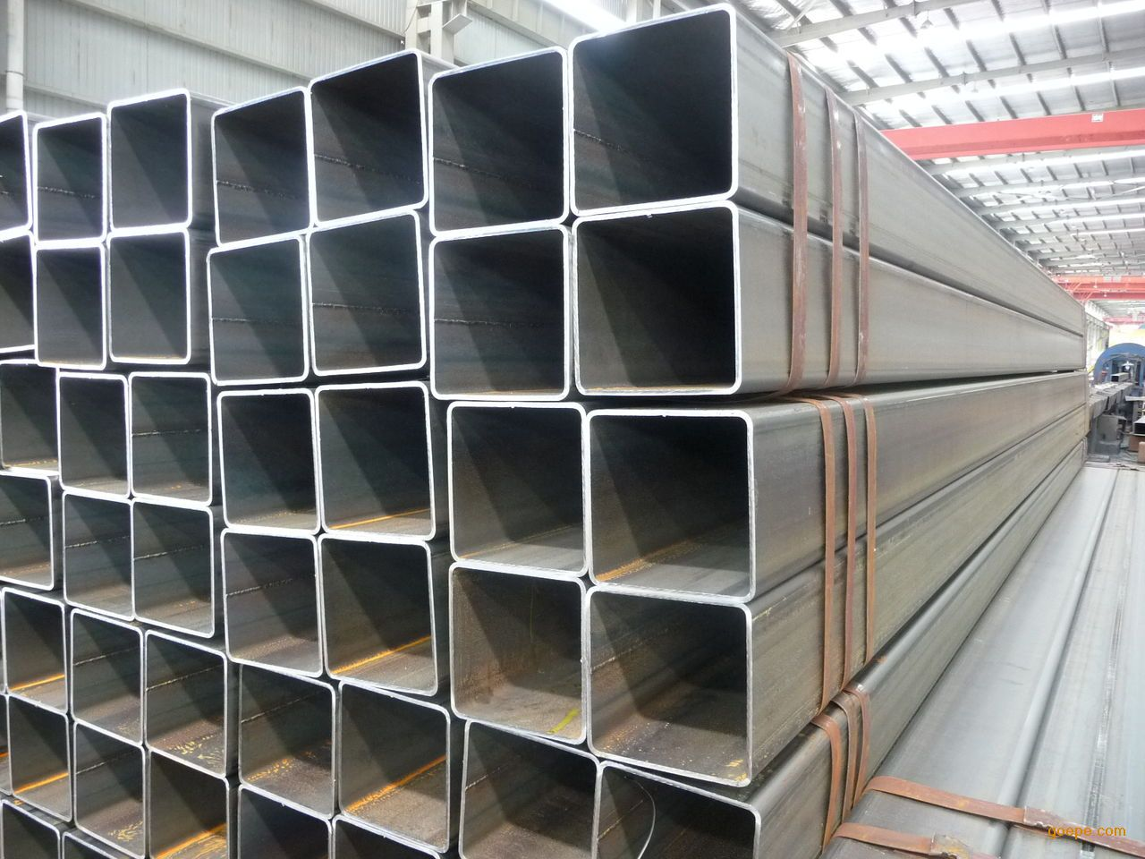 天津优质方管厂家 方形钢管