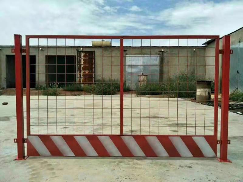 隔离栅 种植养殖浸塑围栏网 浸塑护栏网质优价廉