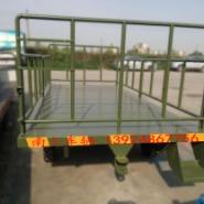平板拖车图片