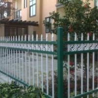 新钢护栏-家用围栏-小区别墅围栏道路隔离栅厂家订购经济适用防腐防锈