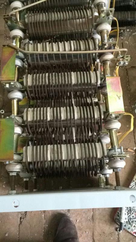RQ52-355L2-10/18