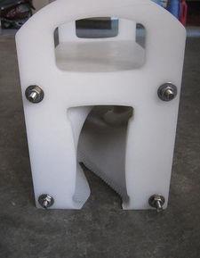 厂家直销 易拉罐翻转器 玻璃瓶翻瓶器 倒瓶器 90度 180度