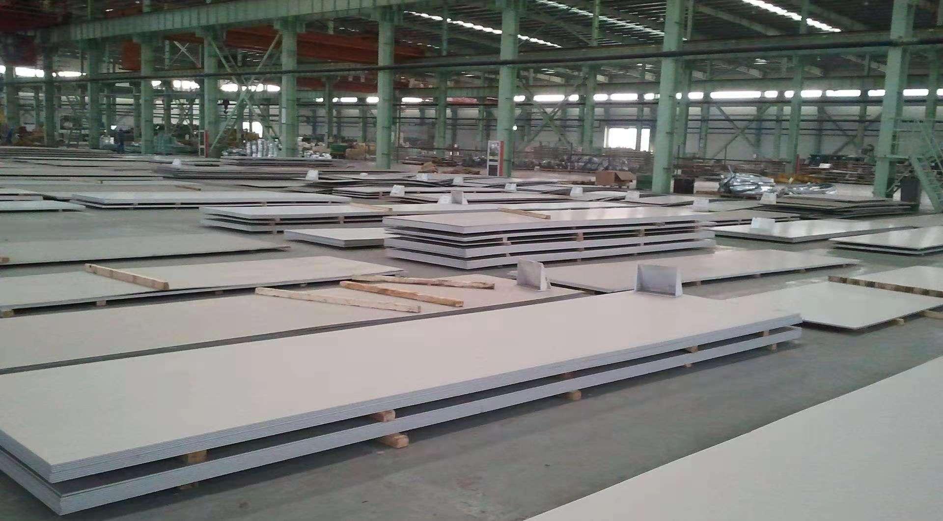 重庆专业无缝管厂家热销重无缝钢管 重庆专业不锈钢厂家热销重不锈钢管