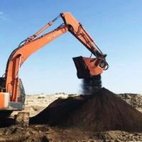 矿渣破碎铲斗化工废料粉碎设备
