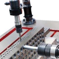 超硬丝锥加工高硬度材料内螺纹