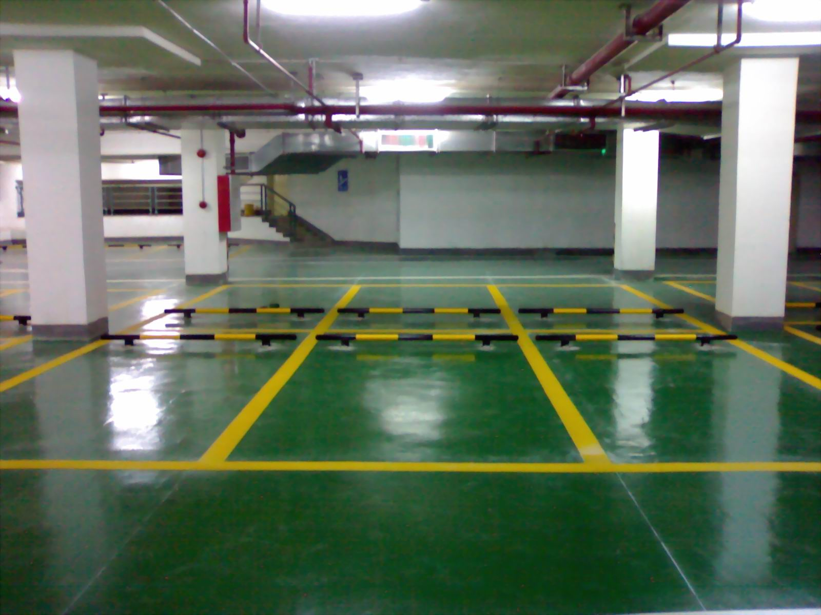 广州合生地产珠江帝景停车场地坪   停车场地坪价格