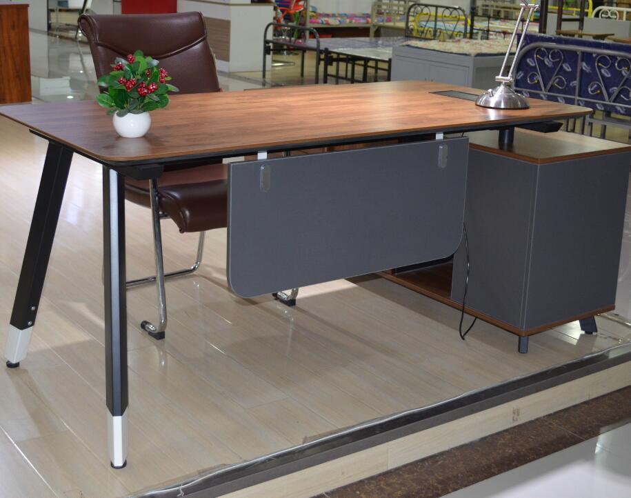 河南办公钢架厂家直销经典梯形黑白腿班台钢架 专业定制 量大从优