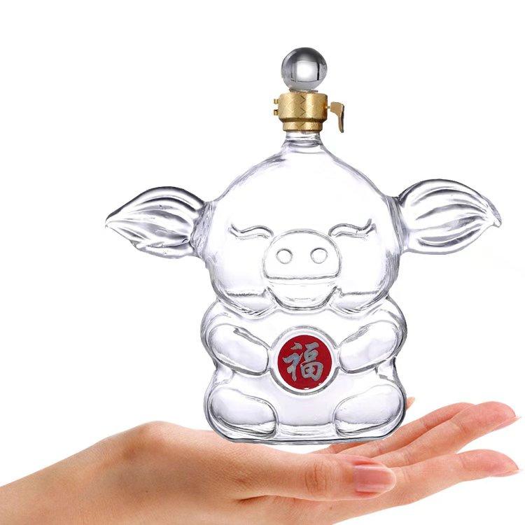 白酒瓶定制厂家 生肖猪猪空酒瓶