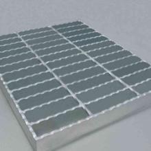 山东镀锌钢格板安装精度的防范措施 镀锌钢格板安装准确度的方法批发