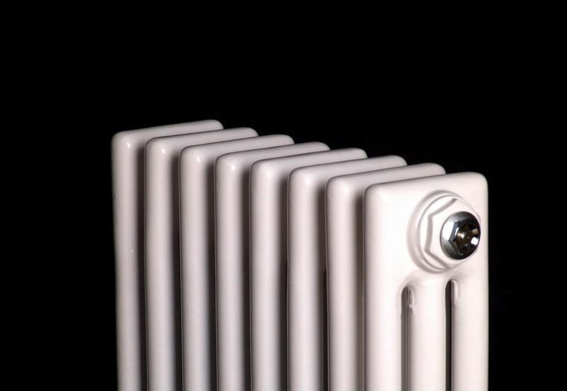 长春钢制三柱散热器 长春市钢制三柱散热器厂