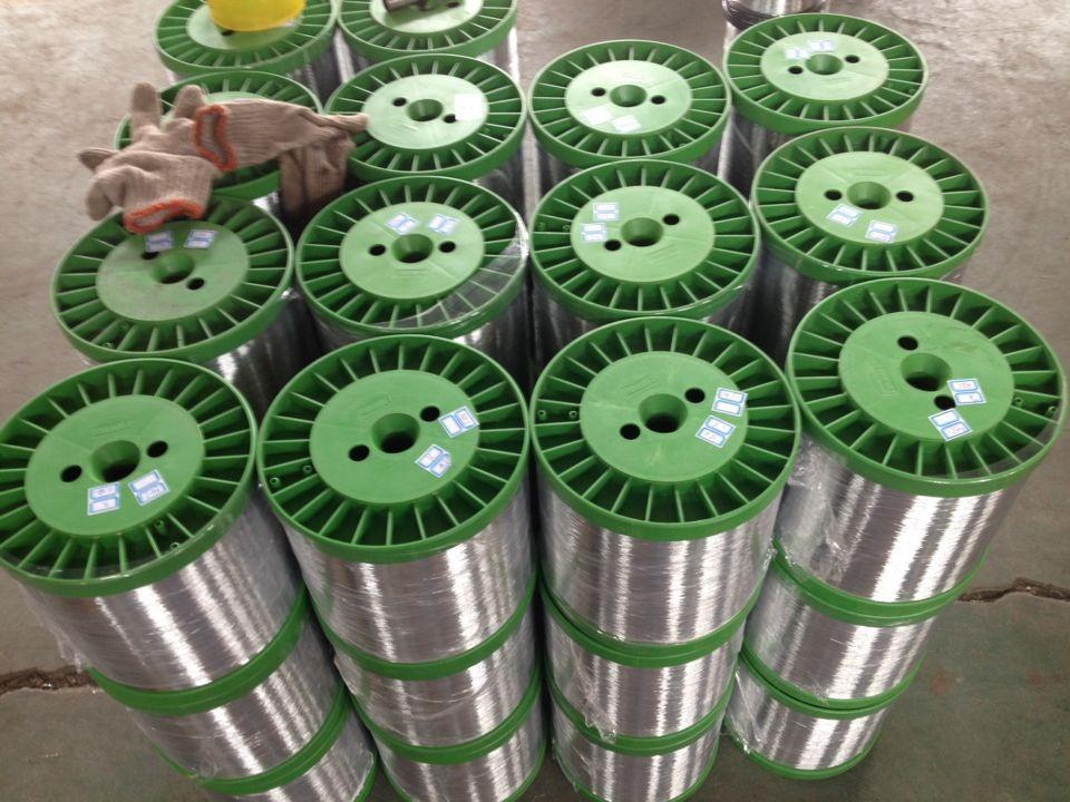 纯出口镀锌丝镀锌圆丝镀锌铁丝0.20mm镀锌丝 供应   0.18mm镀锌扁丝厂家