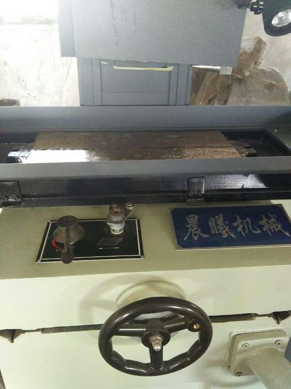 M250卧轴矩台平面磨床 手摇250平面磨床 盐城磨床